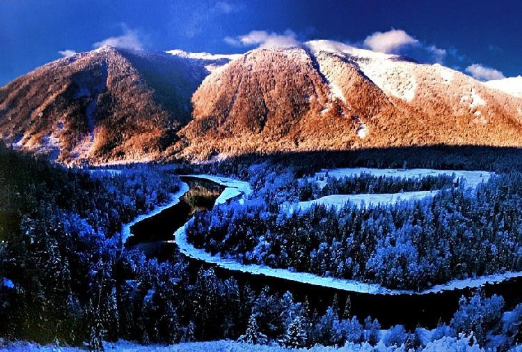 阿勒泰冬季旅游精品旅游线路