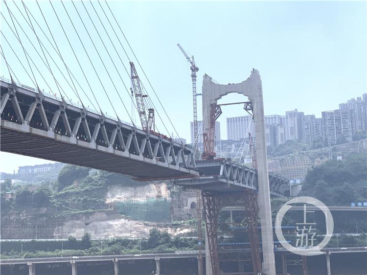 """红岩村嘉陵江大桥""""红""""起来了 还差""""一丁(4986620)-20200802164139.jpg"""