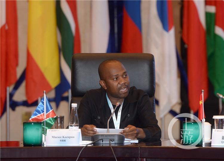 纳米比亚温得和克市市长卡则帕先生(3236348)-20190827073826.jpg