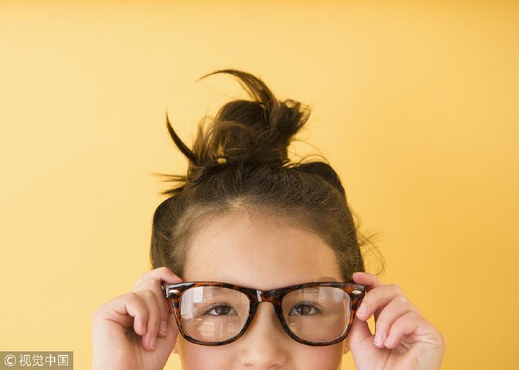 6岁以下儿童不宜戴太阳镜