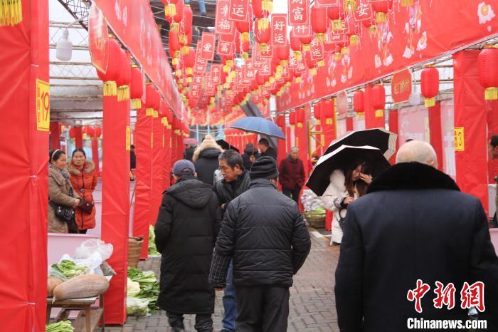 重庆乡村年货集市 助力脱贫攻坚