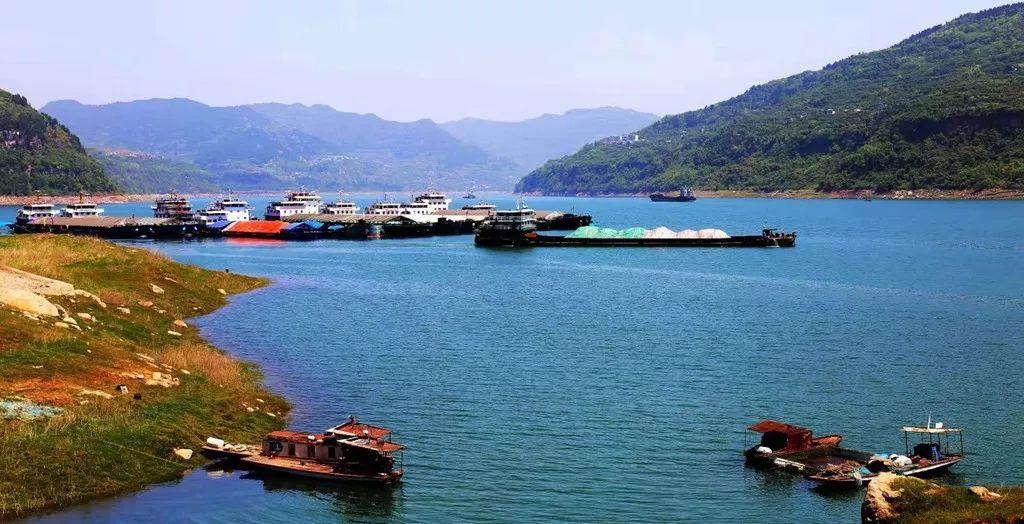 万州这个滨江小镇大变样,农村人都舍不得进城了!
