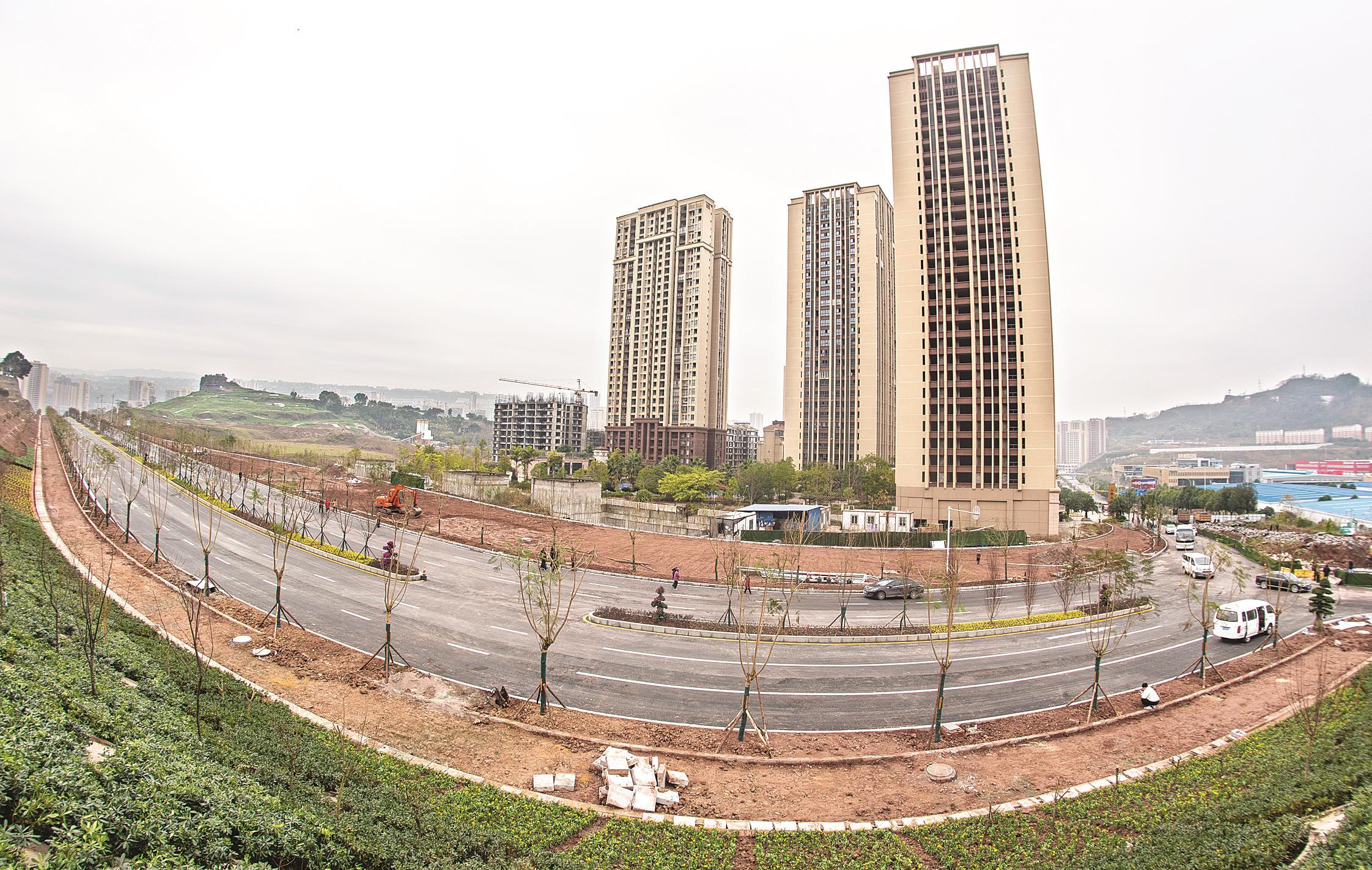 万州香山大道全线双向初步通车