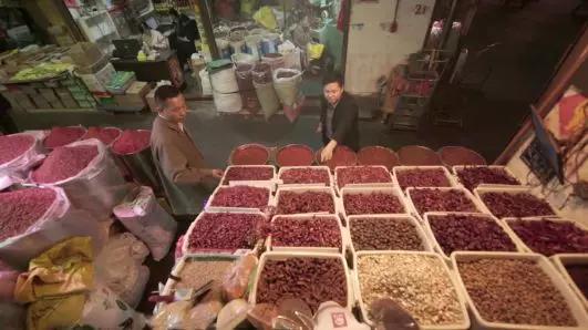 """火锅、小吃、鸡鸭鱼……12月2日起,重庆美食连续五天""""霸屏""""央"""