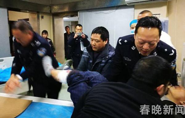 云南文山突发车祸 大货车与面包车相撞致3死2伤
