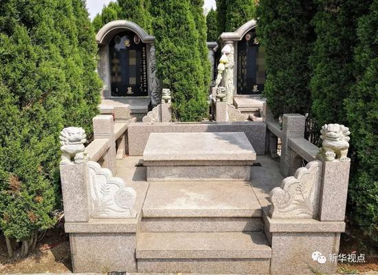 2018年4月2日 ,贵州省贵阳市清镇(县级)市红枫艺术陵园,一处尚未售卖出的豪华墓地,面积达2.4平方米。新华社记者陶亮 摄