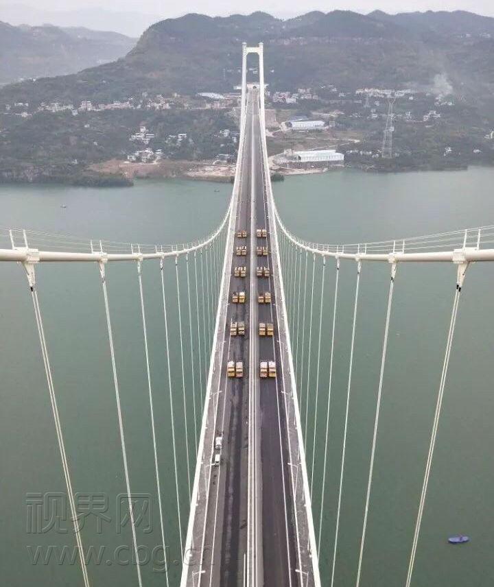 重庆万州长江四桥_88辆重型货车试驾万州长江四桥-上游新闻 汇聚向上的力量