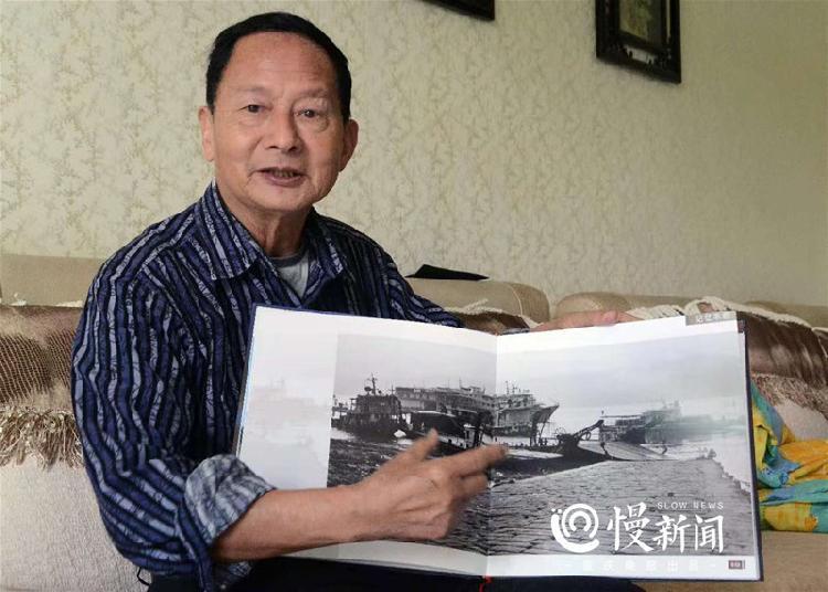 78岁老人用3万张照片记录丰都40年沧桑巨变