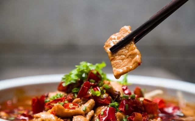 重庆的水煮江湖:麻辣鲜香的它们为何能够脱颖而出?