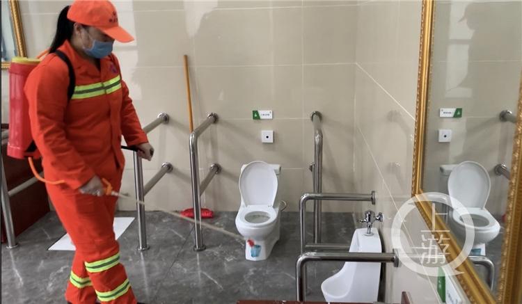 市城市管理局发布环卫作业指南_公厕视条件(4184744)-20200217214219_副本.jpg