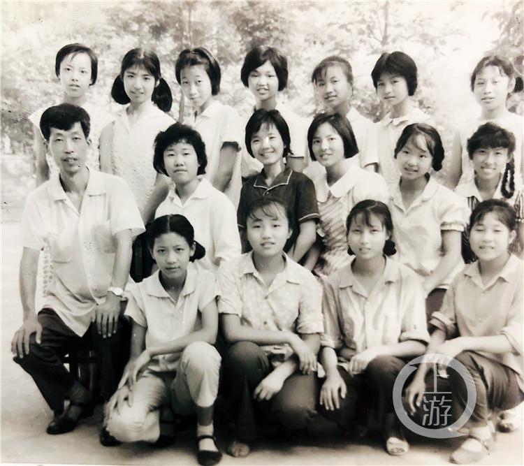 平均年龄55岁!重庆首批女子垒球队回归!(6199071)-20210415212814.jpg