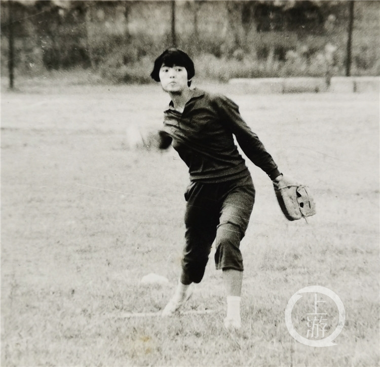 平均年龄55岁!重庆首批女子垒球队回归!(6199083)-20210415213047.jpg