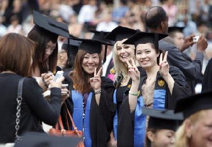 外媒:4年大学读完 在美留学生花费逾30万美元
