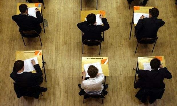 印度国家级考试泄题 数百万考生将重考