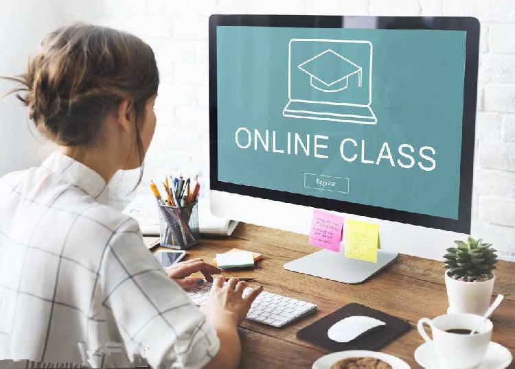 北京9个学科的骨干教师将为中学生提供在线辅导