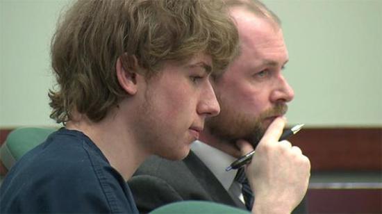 校园枪袭嫌犯杰克·索耶接受审判(CBS图片)