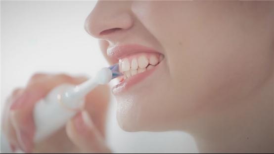 口腔保健不容忽视,电动牙刷哪个牌子好