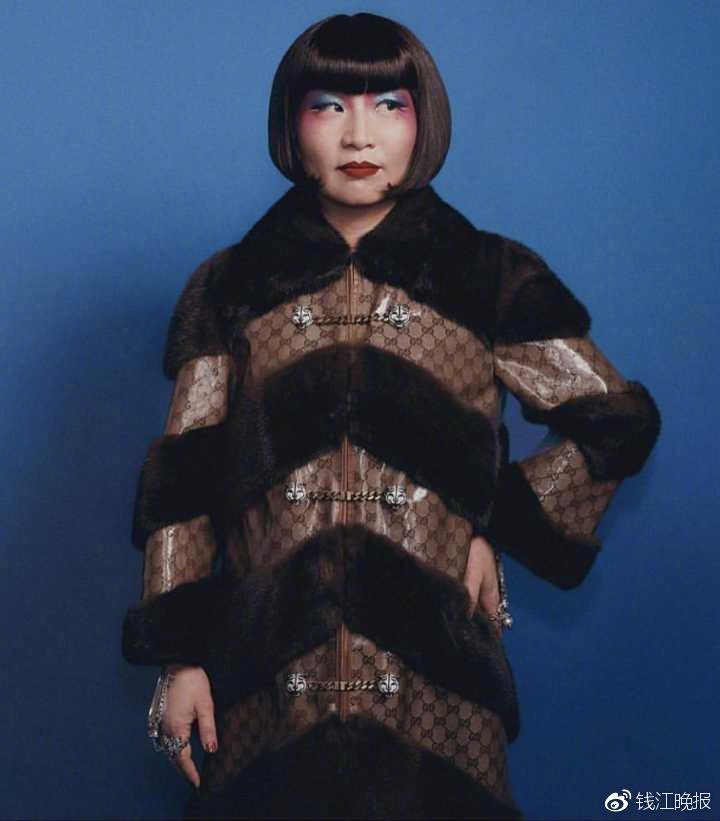 周芬霞拍的时尚大片。