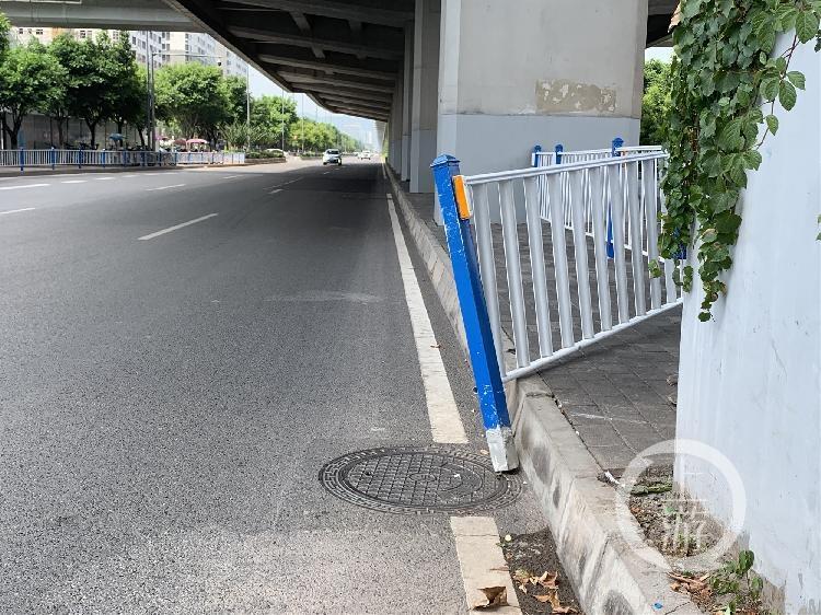 大学城栅栏1_副本.jpg