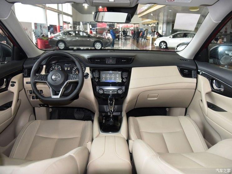东风日产 奇骏 2017款 2.5L CVT豪华版 4WD