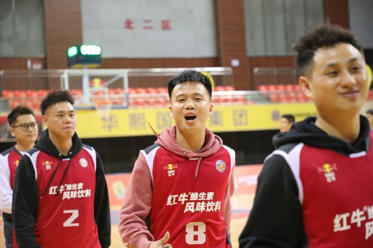 中国篮球公开赛重庆站开打,16支队伍角逐本土最强草根战队