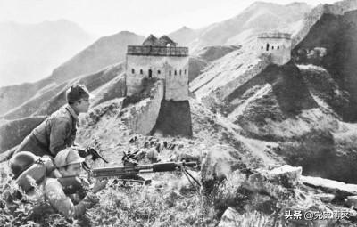 朱德彭德怀曾向毛泽东建议,在八路军新四军中施行军衔制