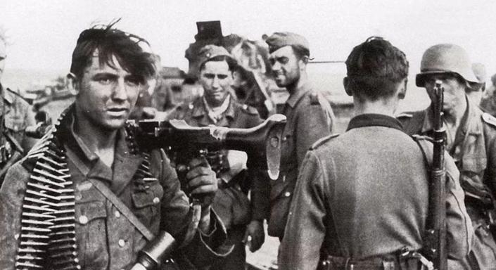 72小时损失13000,斯大林格勒血战,27工人打垮1营德军
