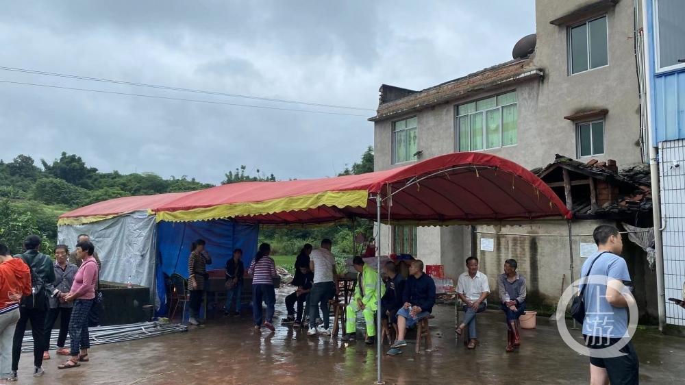 泸县6.0级地震死者3.jpg