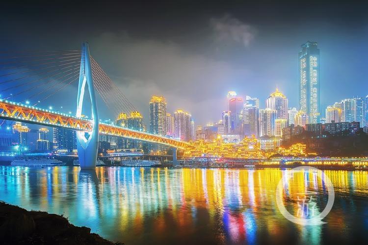 《千厮门大桥之崛起》组照6+江北嘴+2018.2.11+周永富+13368174888.jpg