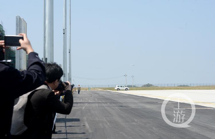 飛越三峽 | 巫山機場試飛 飛機平穩著陸