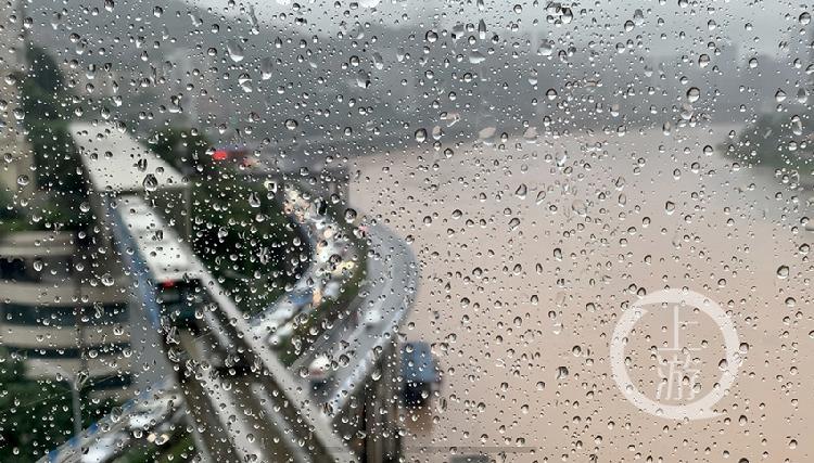 突降暴雨-FZ10023061325.jpg